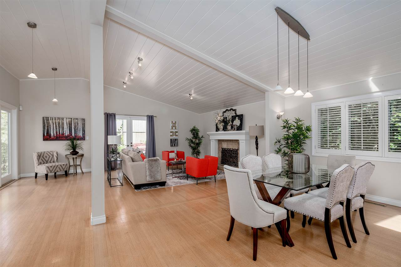 Detached at 1565 19TH STREET, West Vancouver, British Columbia. Image 6