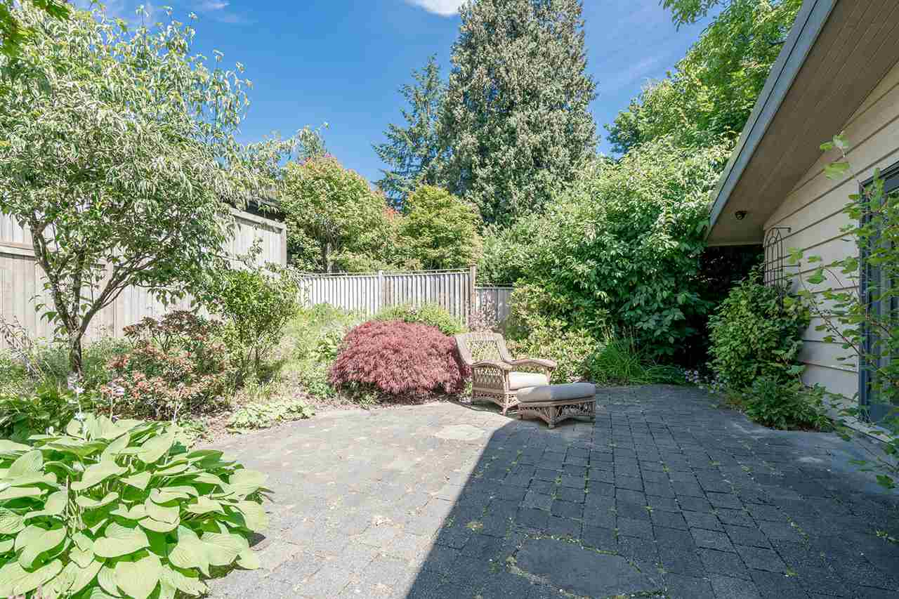 Detached at 1565 19TH STREET, West Vancouver, British Columbia. Image 20