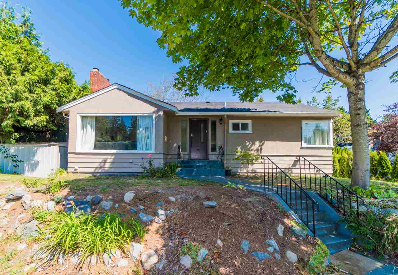 Detached at 4005 W 41ST AVENUE, Vancouver West, British Columbia. Image 1