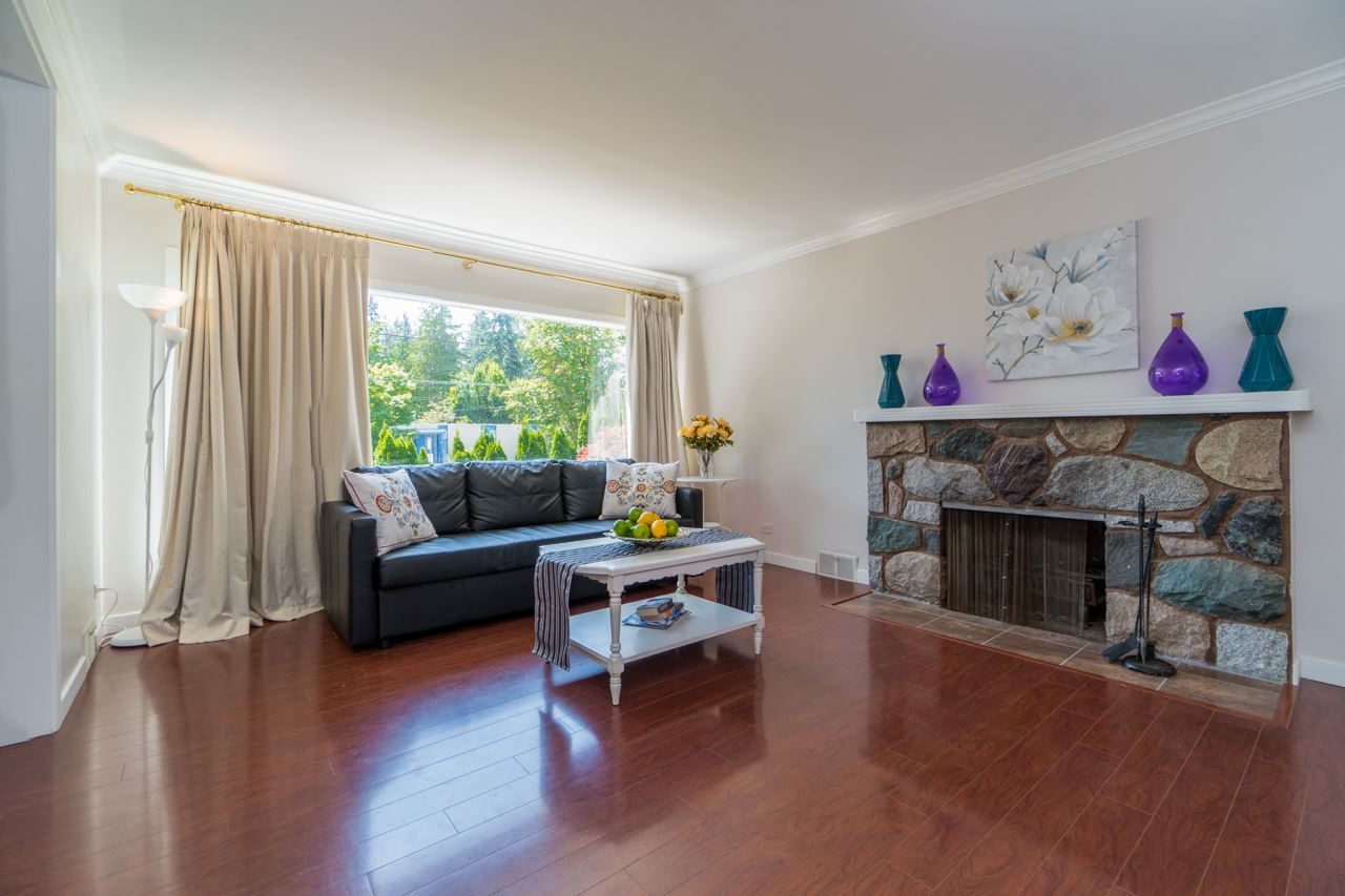 Detached at 4005 W 41ST AVENUE, Vancouver West, British Columbia. Image 5