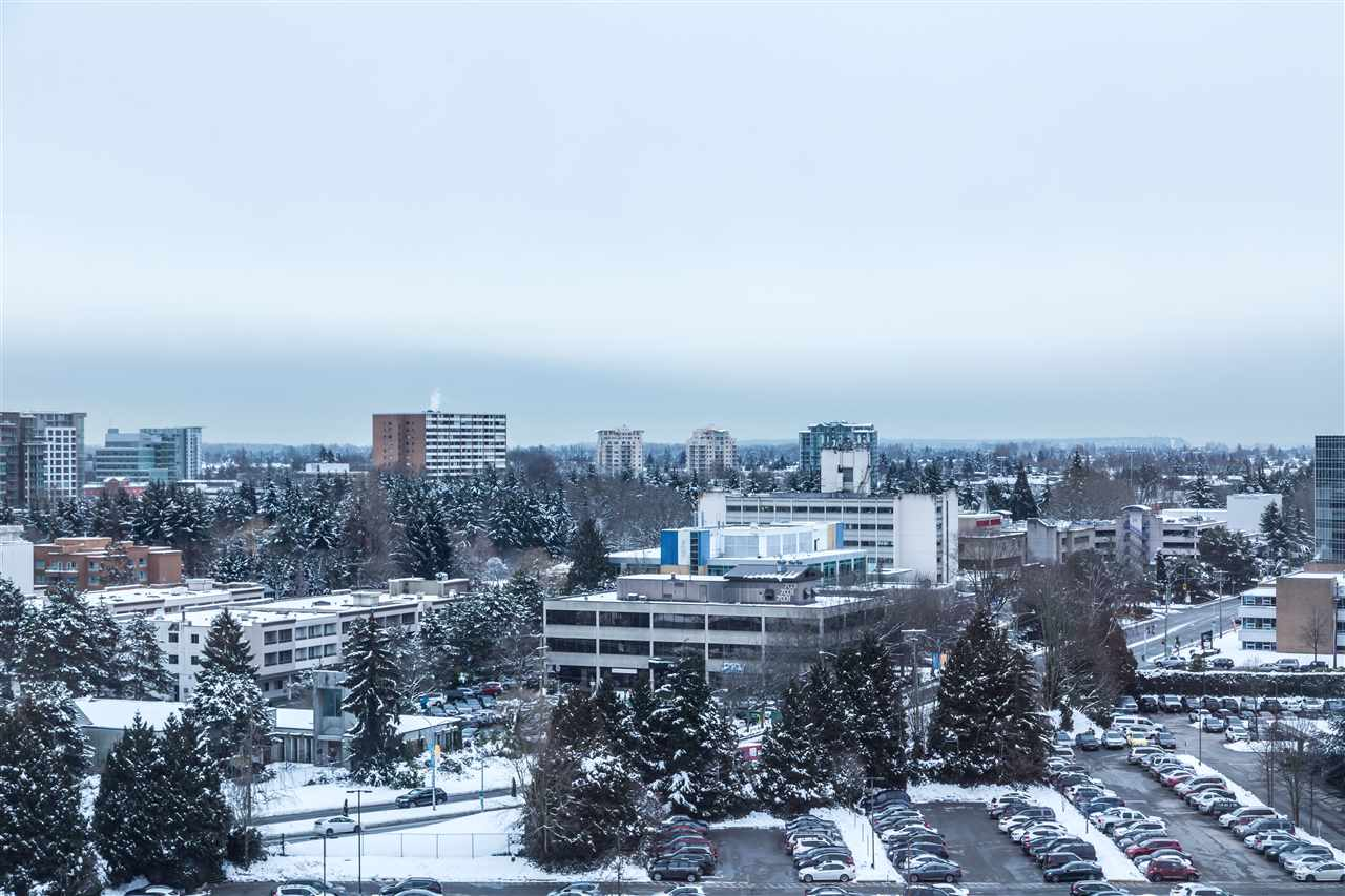 Condo Apartment at 1203 6951 ELMBRIDGE WAY, Unit 1203, Richmond, British Columbia. Image 6