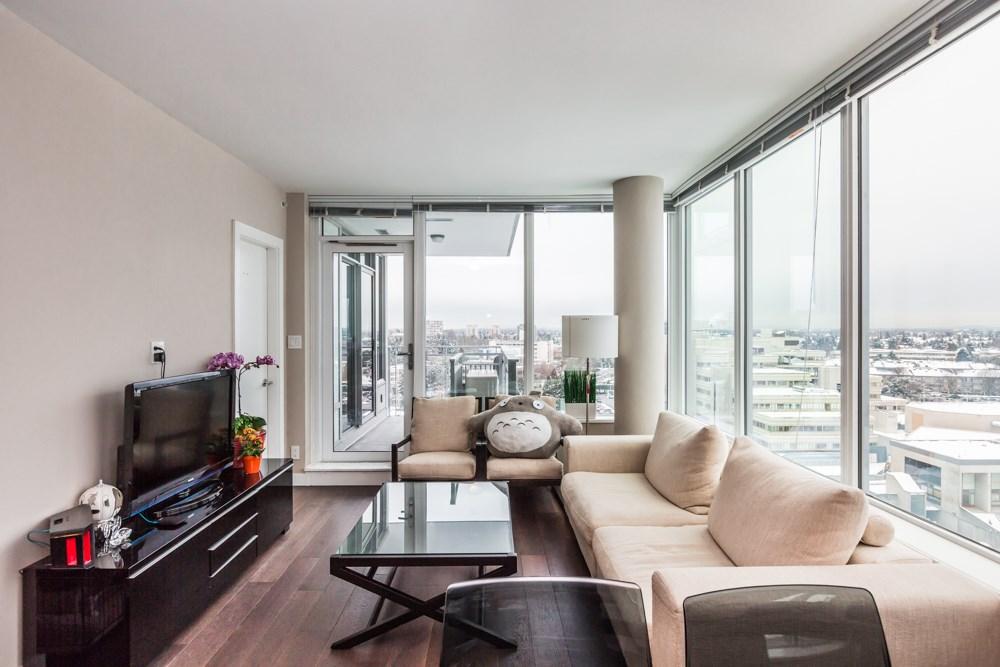 Condo Apartment at 1203 6951 ELMBRIDGE WAY, Unit 1203, Richmond, British Columbia. Image 7