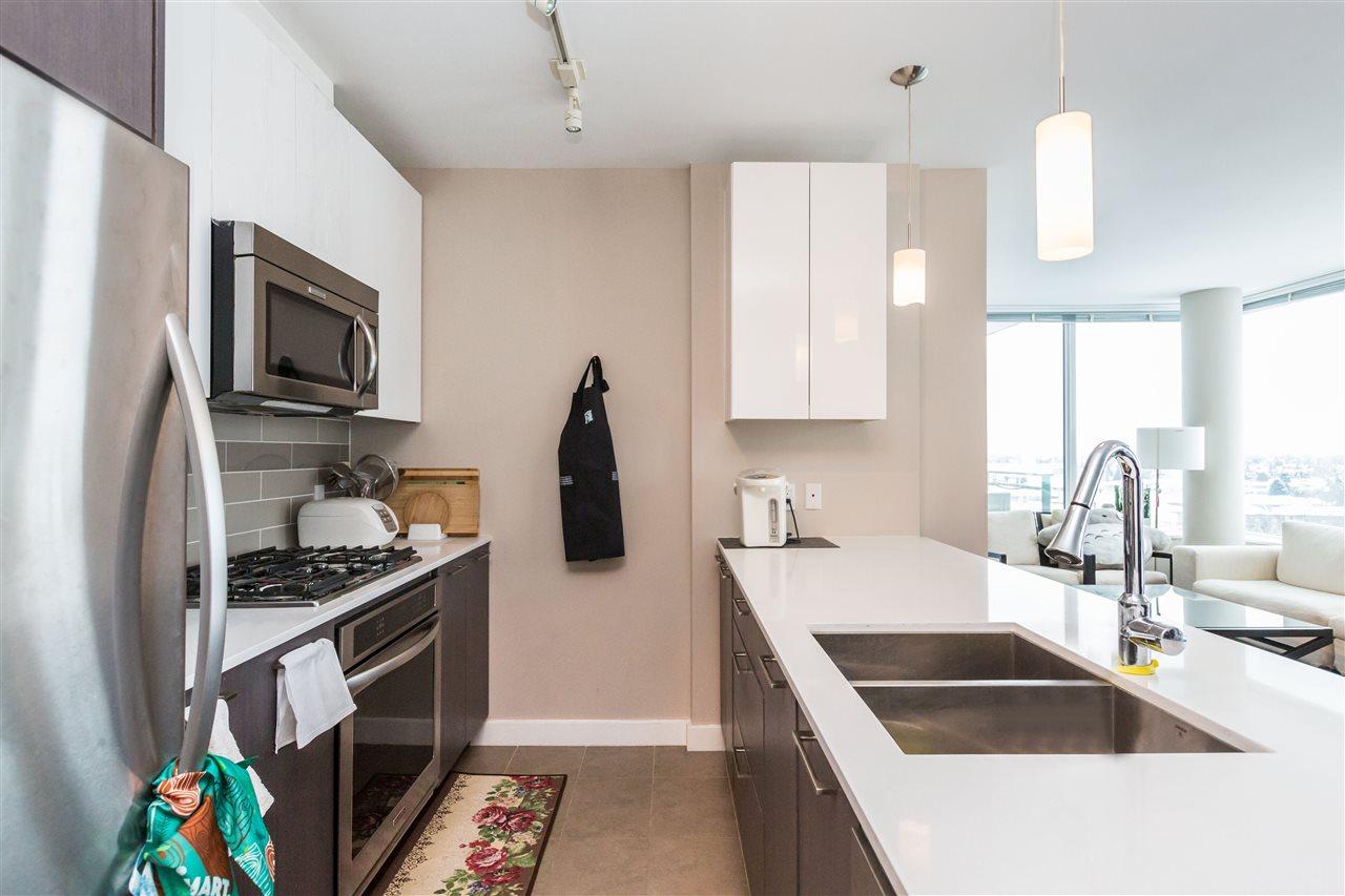 Condo Apartment at 1203 6951 ELMBRIDGE WAY, Unit 1203, Richmond, British Columbia. Image 14
