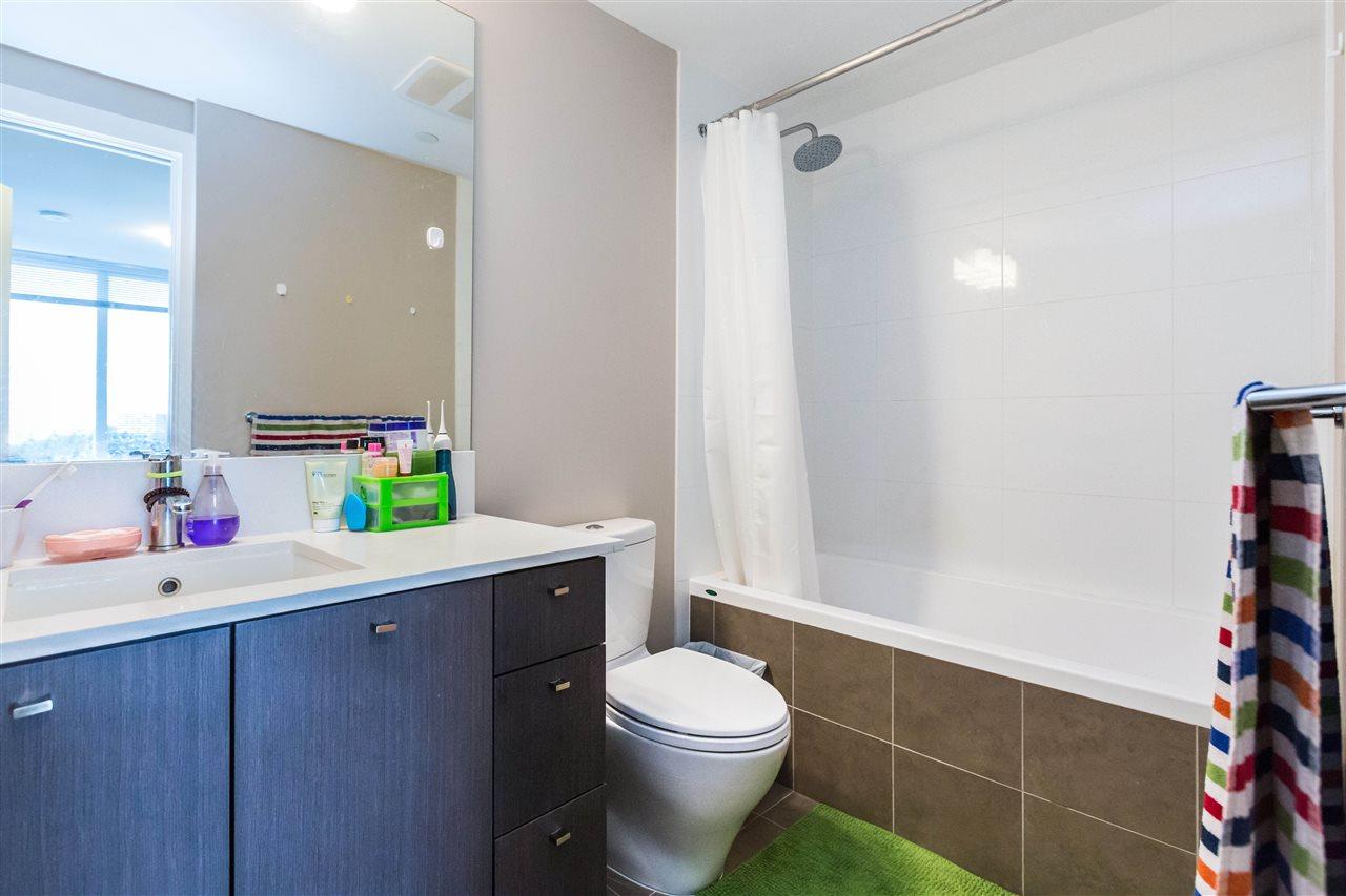 Condo Apartment at 1203 6951 ELMBRIDGE WAY, Unit 1203, Richmond, British Columbia. Image 19
