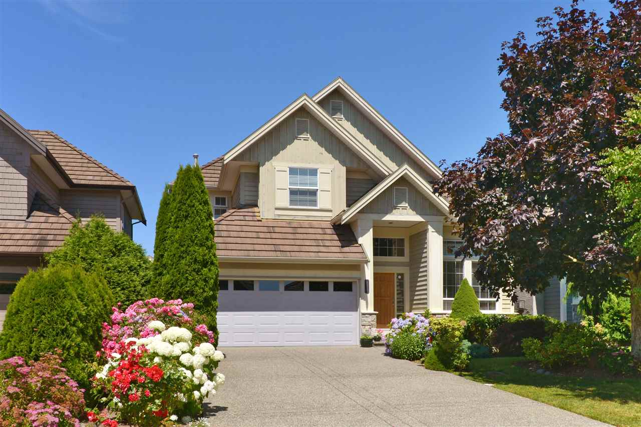 Detached at 3527 ROSEMARY HEIGHTS CRESCENT, South Surrey White Rock, British Columbia. Image 1