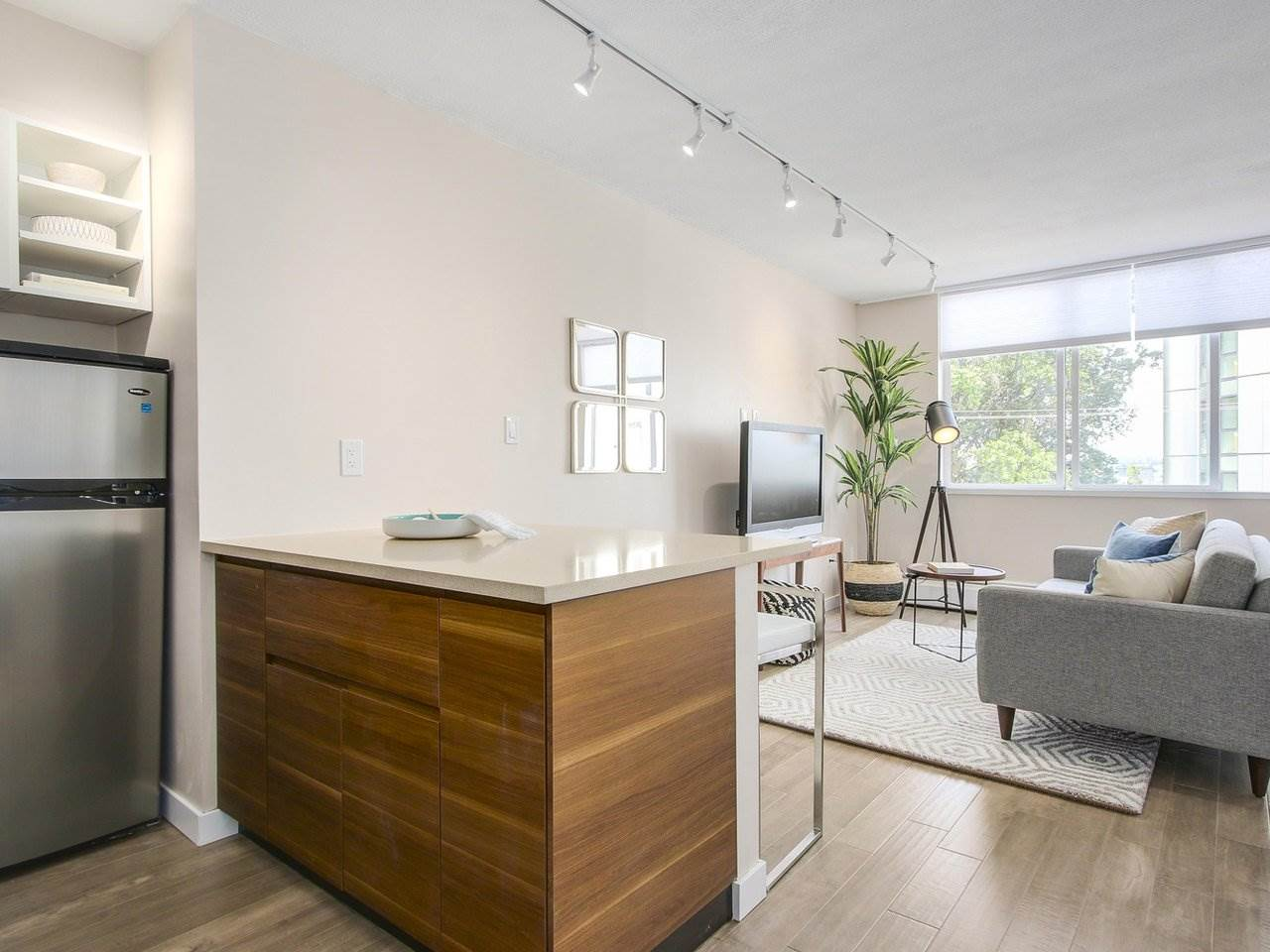Condo Apartment at 308 1250 BURNABY STREET, Unit 308, Vancouver West, British Columbia. Image 1