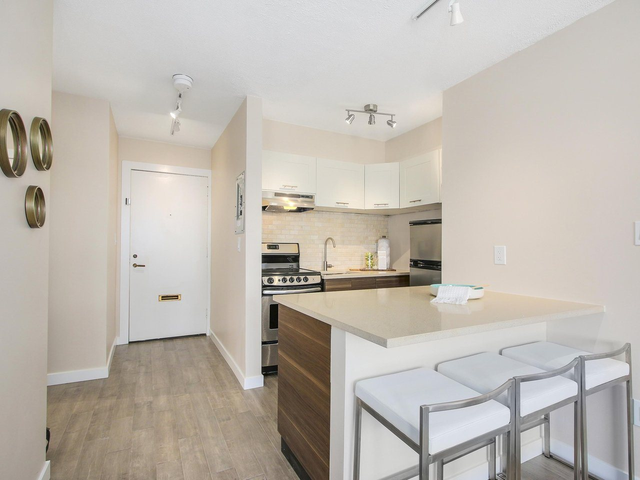 Condo Apartment at 308 1250 BURNABY STREET, Unit 308, Vancouver West, British Columbia. Image 5