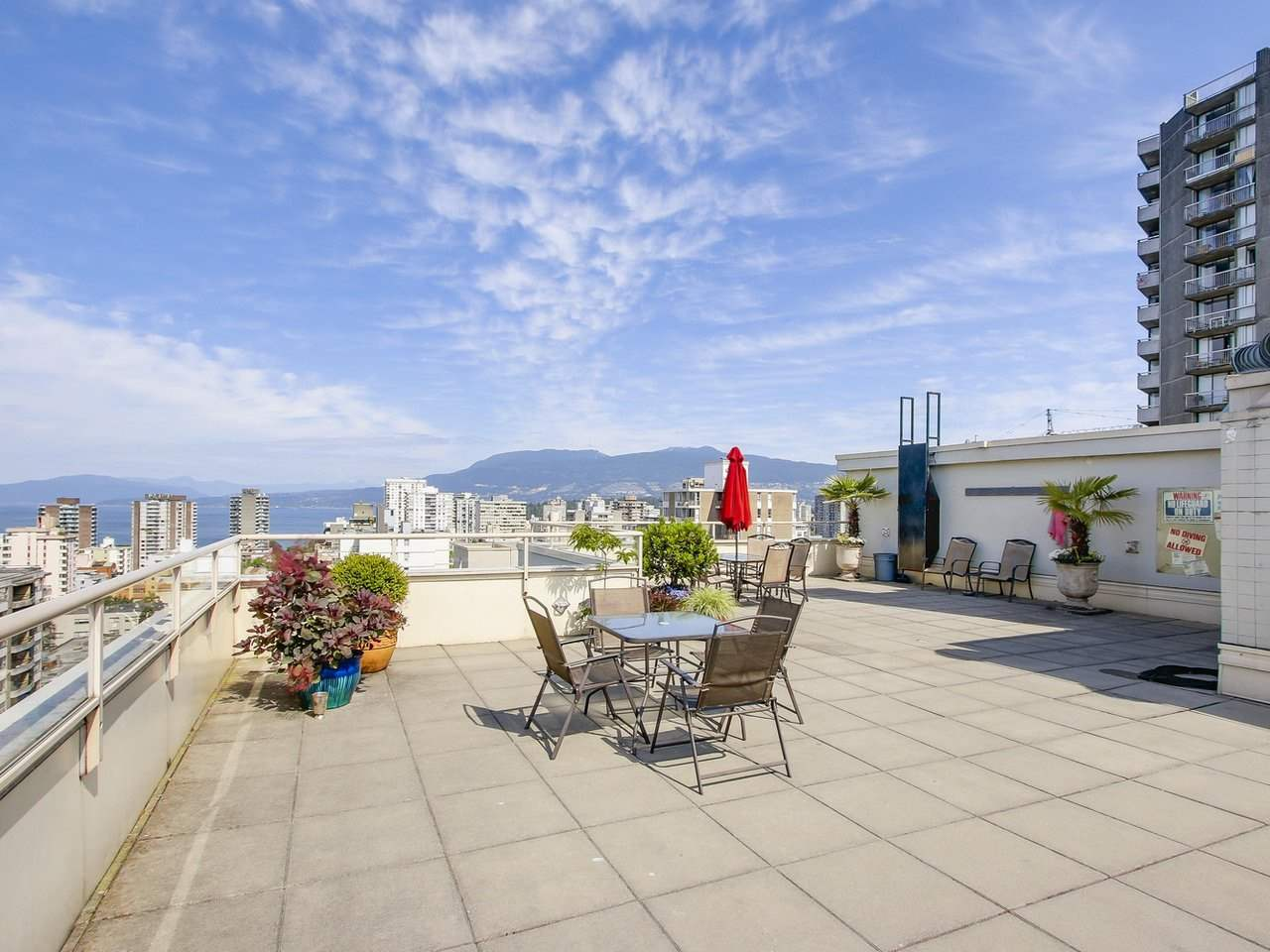 Condo Apartment at 308 1250 BURNABY STREET, Unit 308, Vancouver West, British Columbia. Image 11