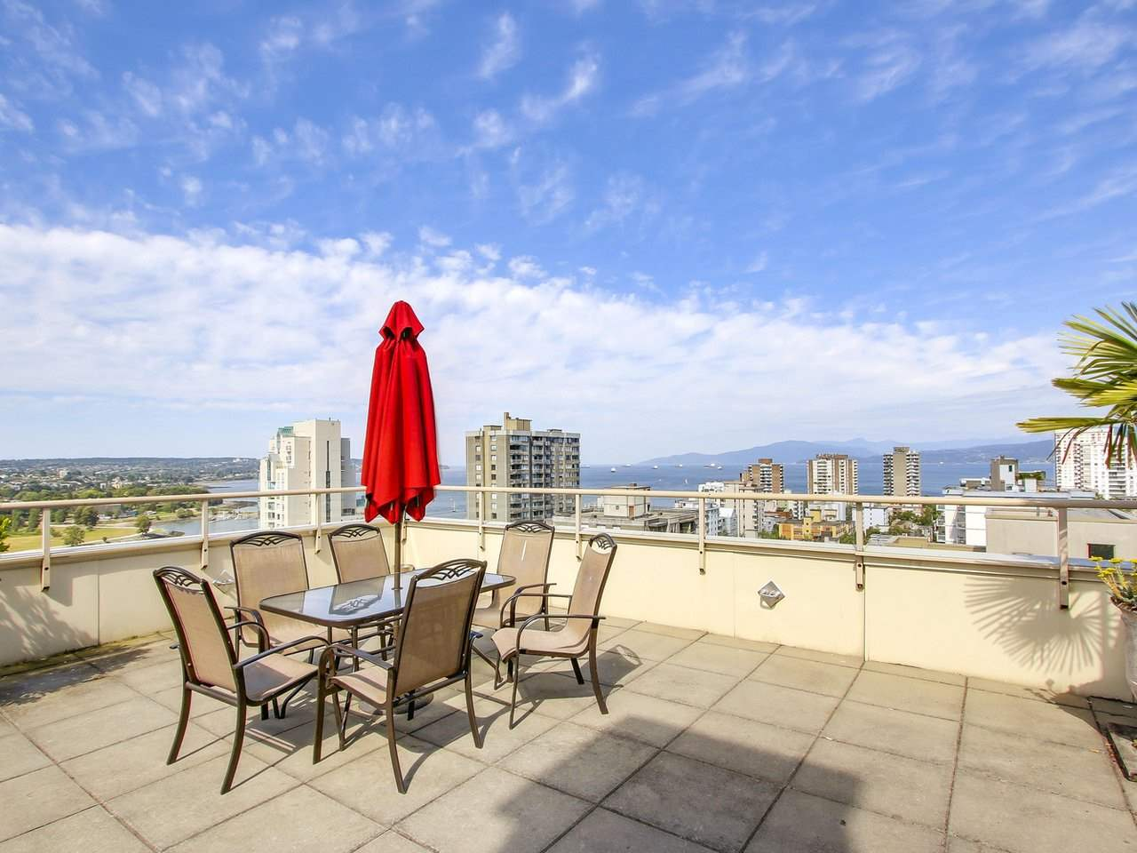Condo Apartment at 308 1250 BURNABY STREET, Unit 308, Vancouver West, British Columbia. Image 15