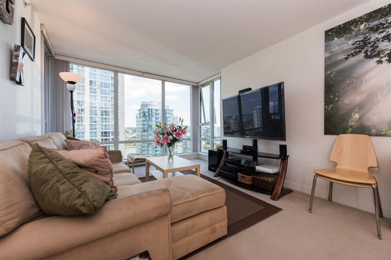 Condo Apartment at 2701 1438 RICHARDS STREET, Unit 2701, Vancouver West, British Columbia. Image 4