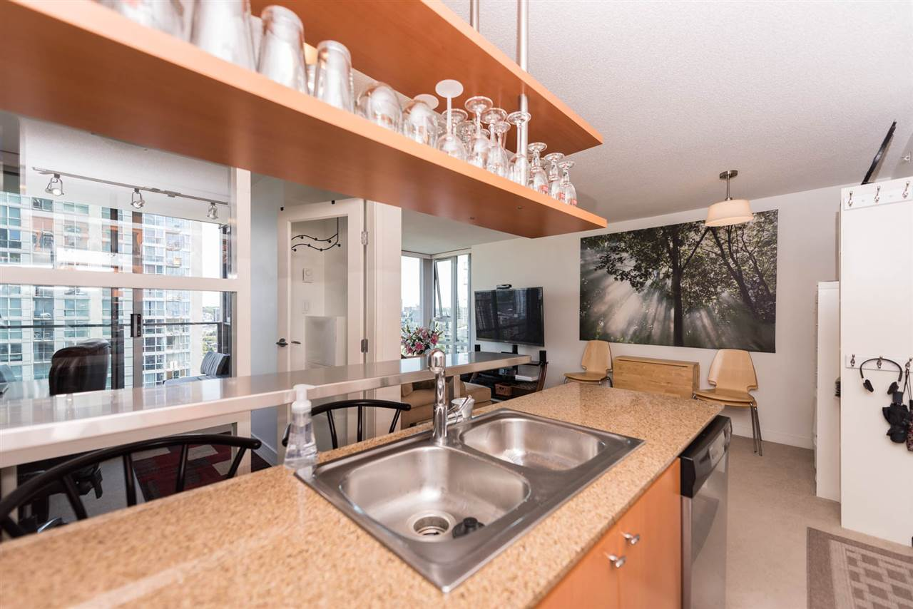 Condo Apartment at 2701 1438 RICHARDS STREET, Unit 2701, Vancouver West, British Columbia. Image 8