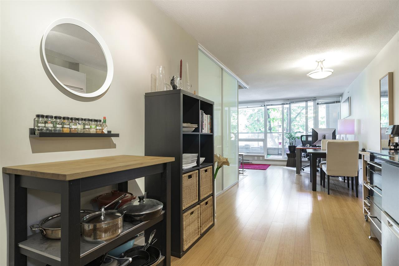 Condo Apartment at 204 718 MAIN STREET, Unit 204, Vancouver East, British Columbia. Image 3