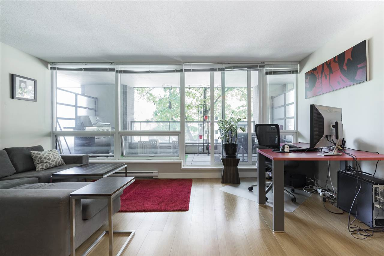 Condo Apartment at 204 718 MAIN STREET, Unit 204, Vancouver East, British Columbia. Image 6