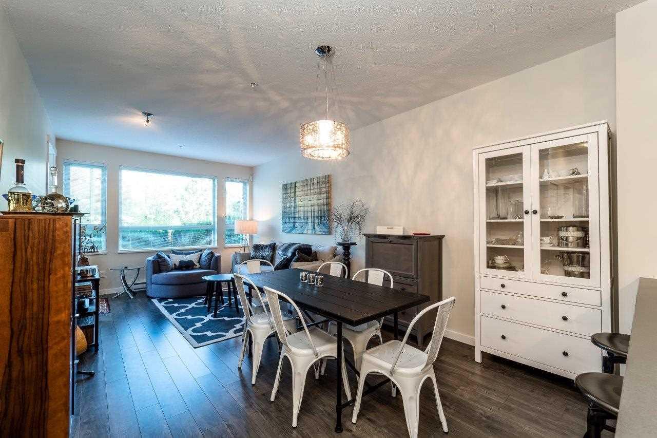 Condo Apartment at 122 2665 MOUNTAIN HIGHWAY, Unit 122, North Vancouver, British Columbia. Image 6