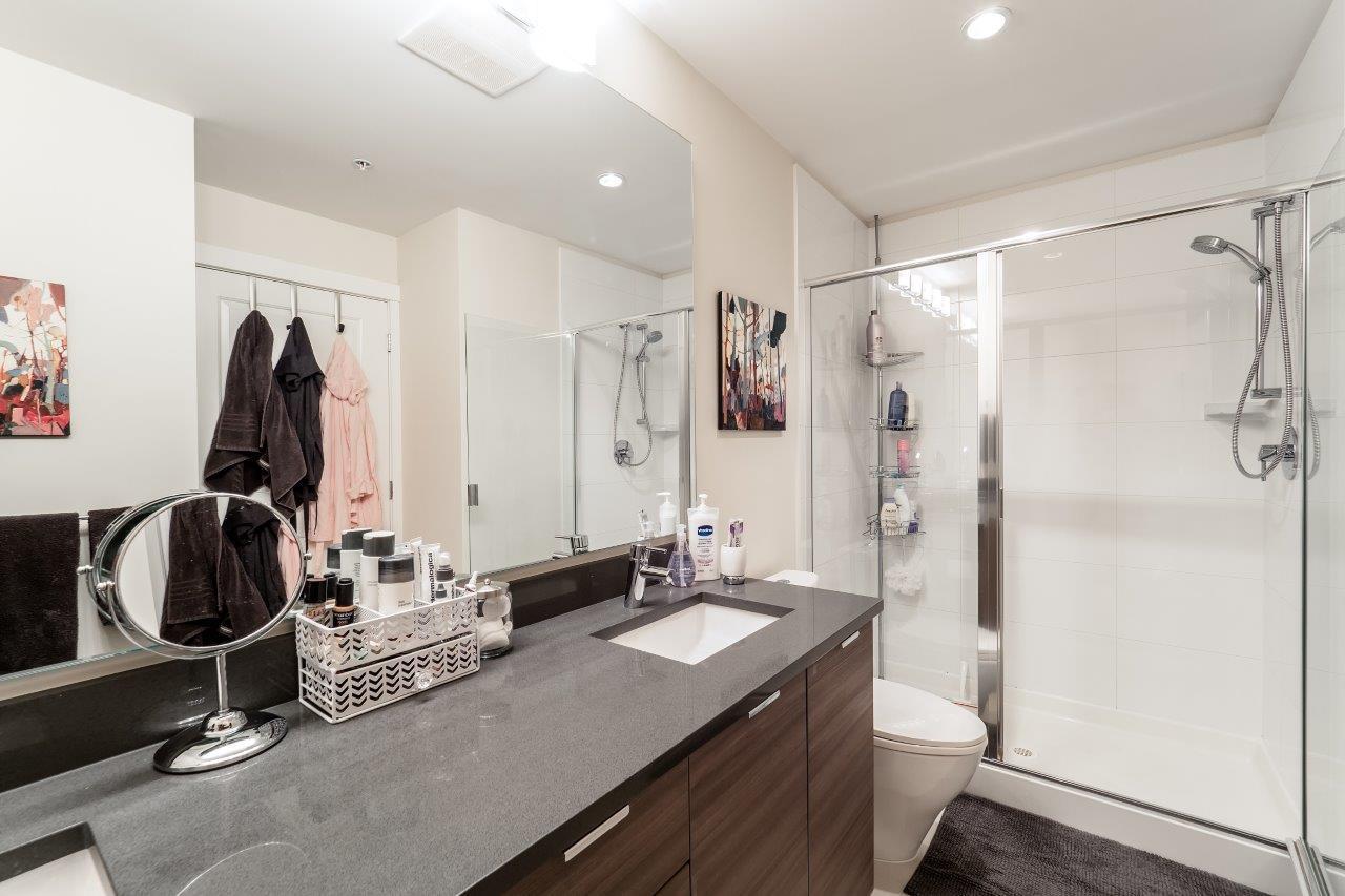 Condo Apartment at 122 2665 MOUNTAIN HIGHWAY, Unit 122, North Vancouver, British Columbia. Image 10