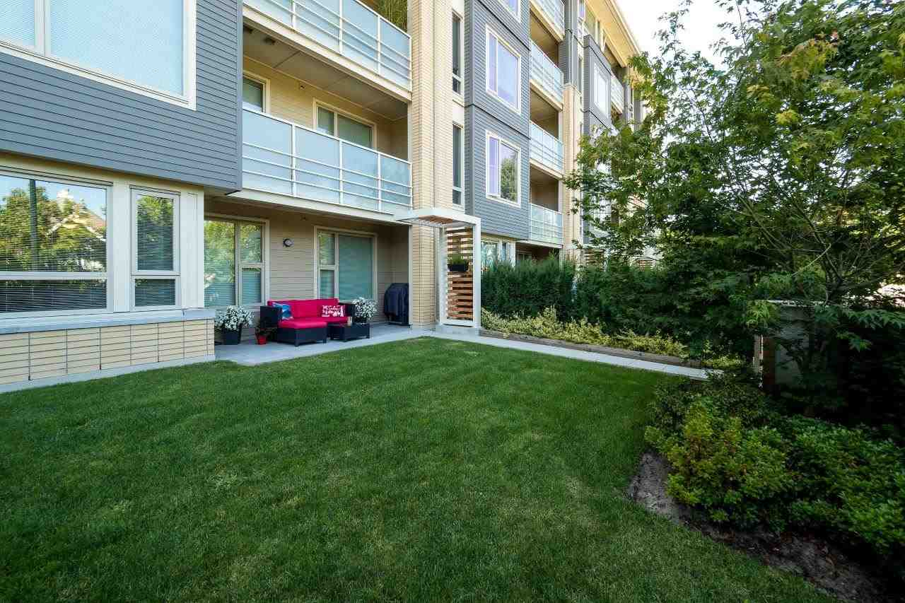 Condo Apartment at 122 2665 MOUNTAIN HIGHWAY, Unit 122, North Vancouver, British Columbia. Image 15