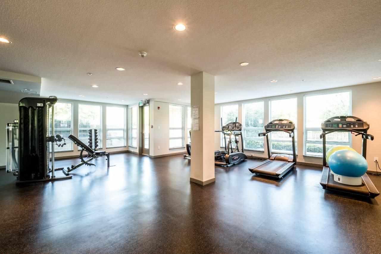 Condo Apartment at 122 2665 MOUNTAIN HIGHWAY, Unit 122, North Vancouver, British Columbia. Image 18