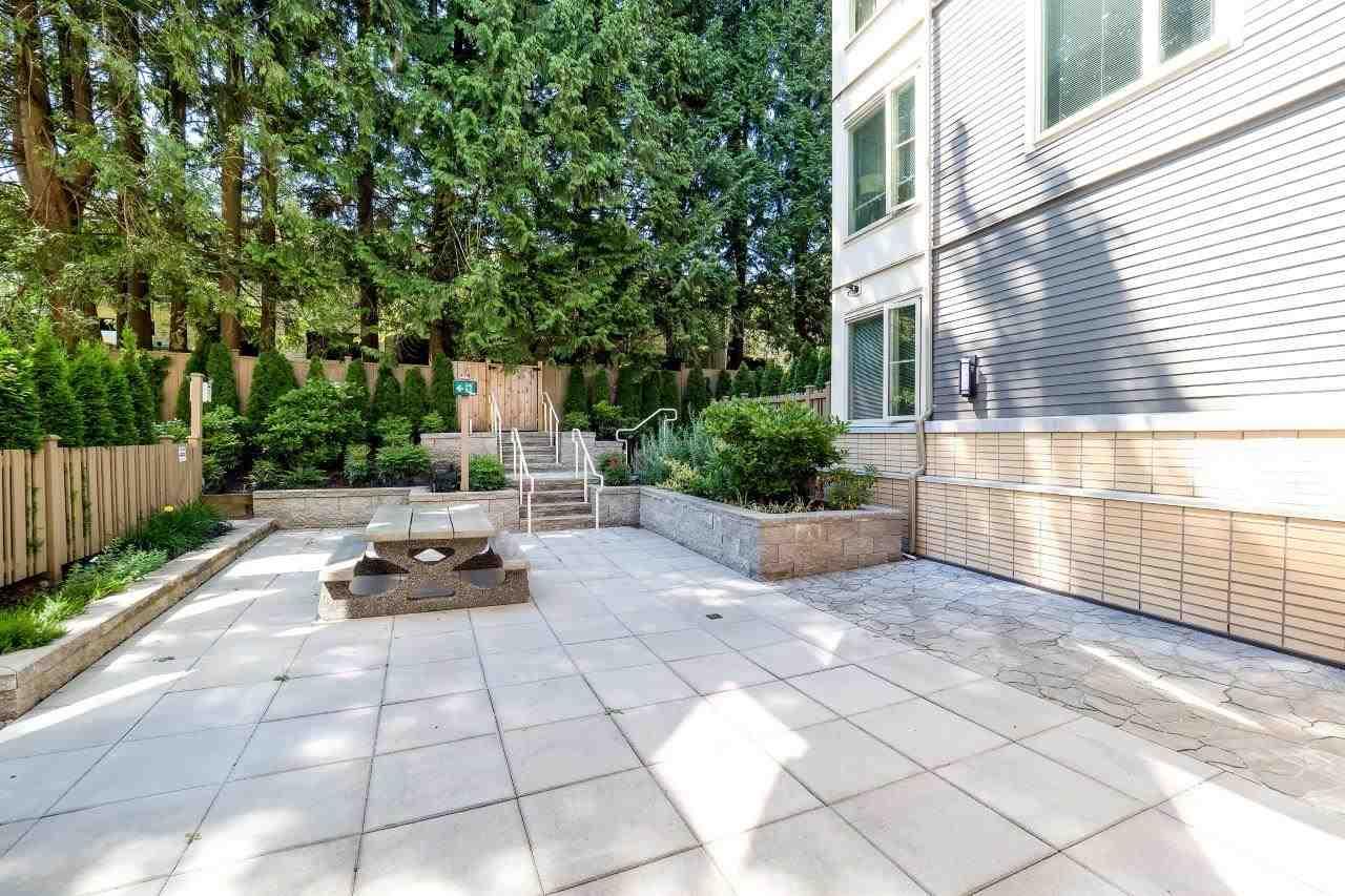 Condo Apartment at 122 2665 MOUNTAIN HIGHWAY, Unit 122, North Vancouver, British Columbia. Image 20