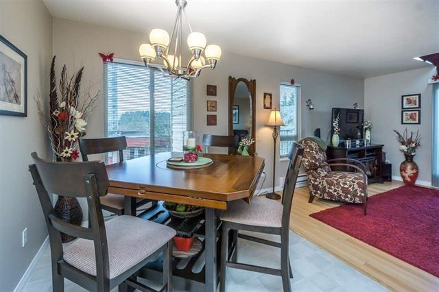 Condo Apartment at 313 10438 148 STREET, Unit 313, North Surrey, British Columbia. Image 4
