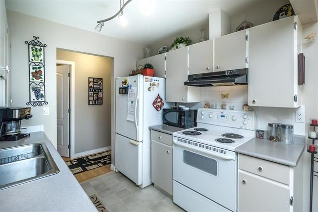 Condo Apartment at 313 10438 148 STREET, Unit 313, North Surrey, British Columbia. Image 6