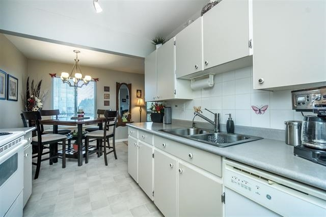 Condo Apartment at 313 10438 148 STREET, Unit 313, North Surrey, British Columbia. Image 7