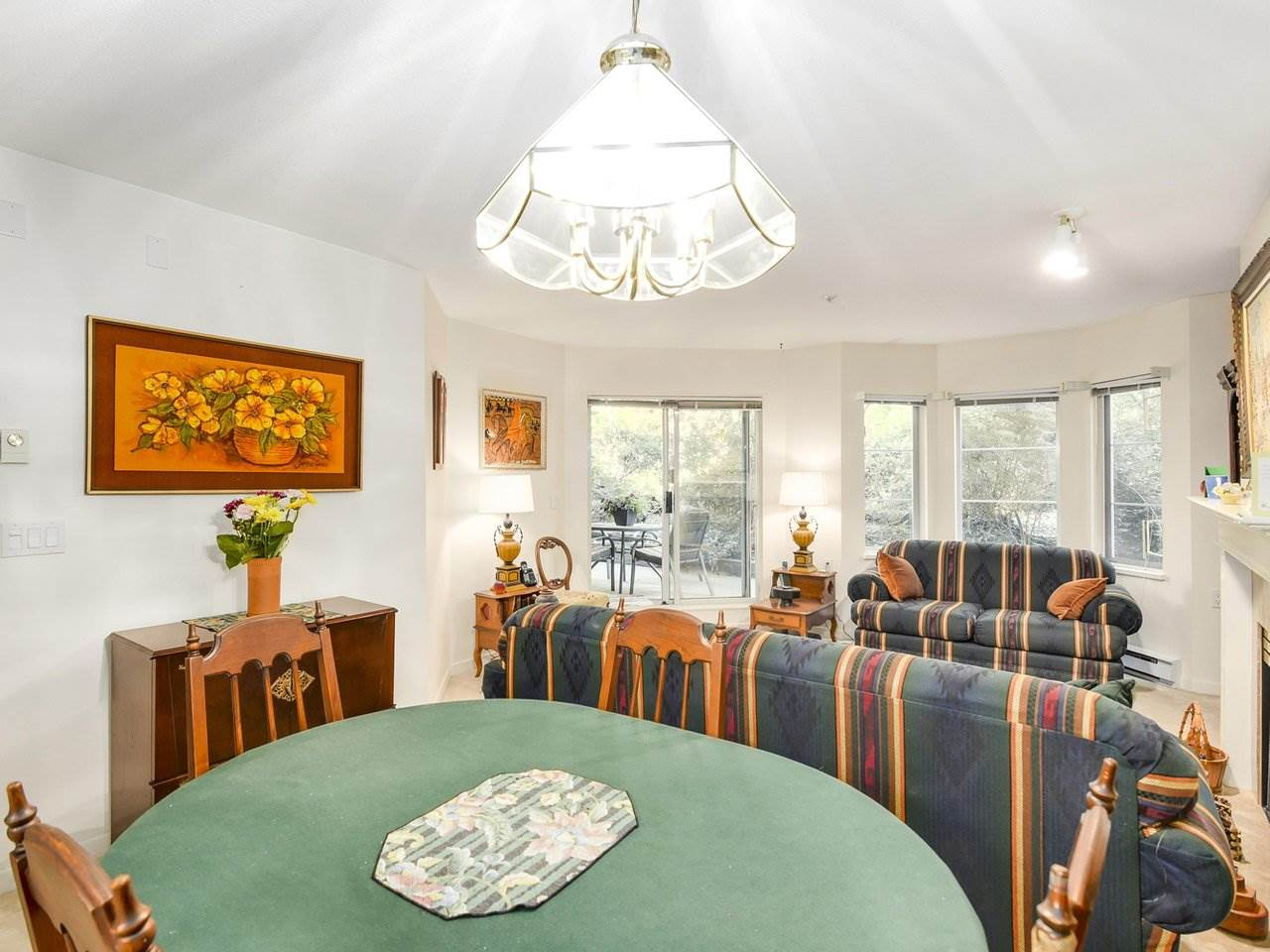 Condo Apartment at 108 2020 CEDAR VILLAGE CRESCENT, Unit 108, North Vancouver, British Columbia. Image 5