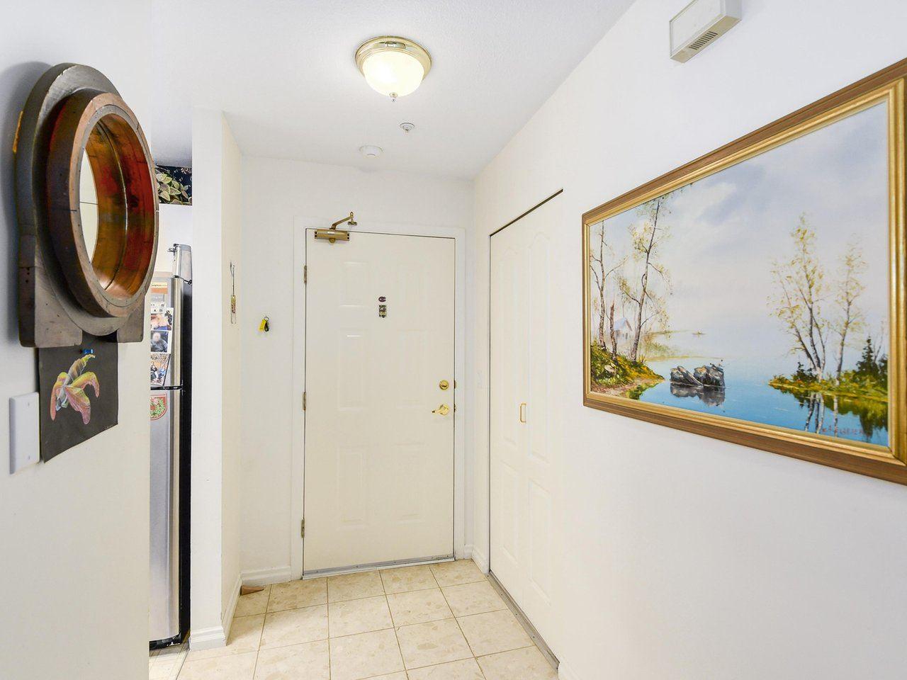 Condo Apartment at 108 2020 CEDAR VILLAGE CRESCENT, Unit 108, North Vancouver, British Columbia. Image 7