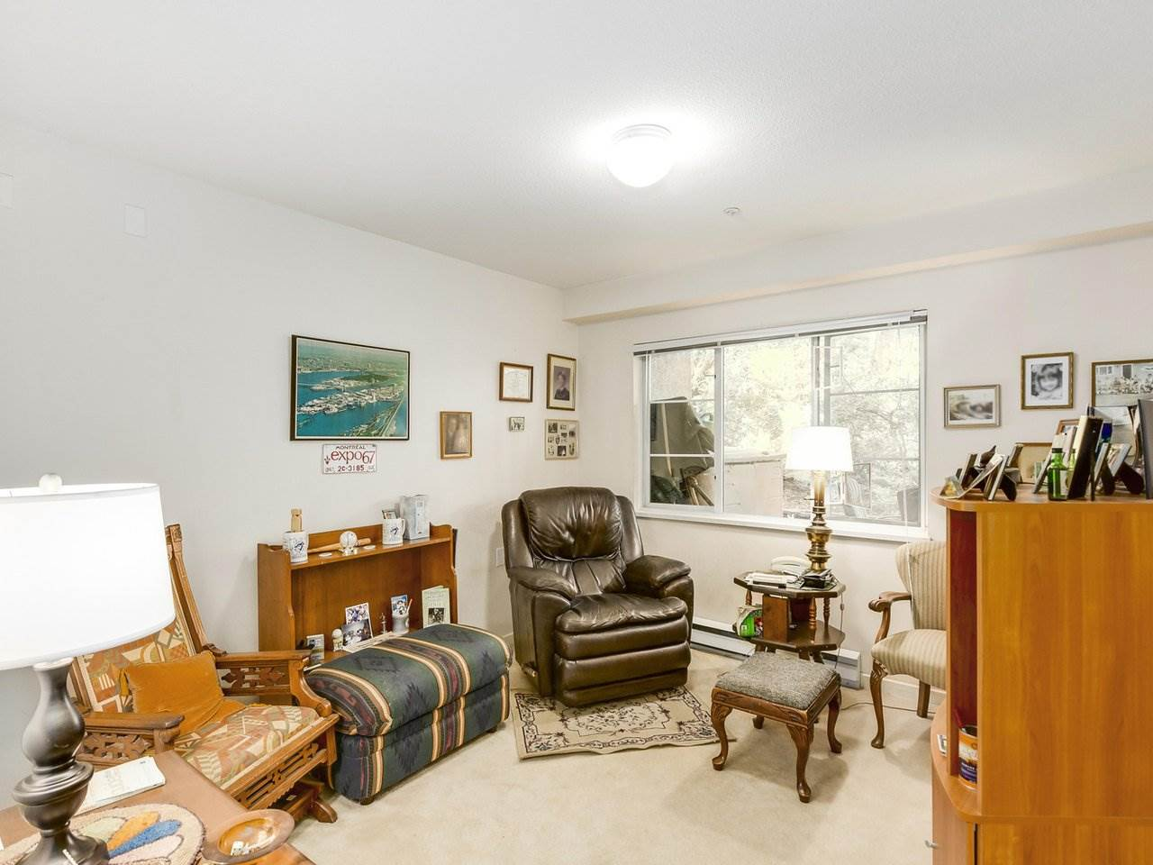 Condo Apartment at 108 2020 CEDAR VILLAGE CRESCENT, Unit 108, North Vancouver, British Columbia. Image 9