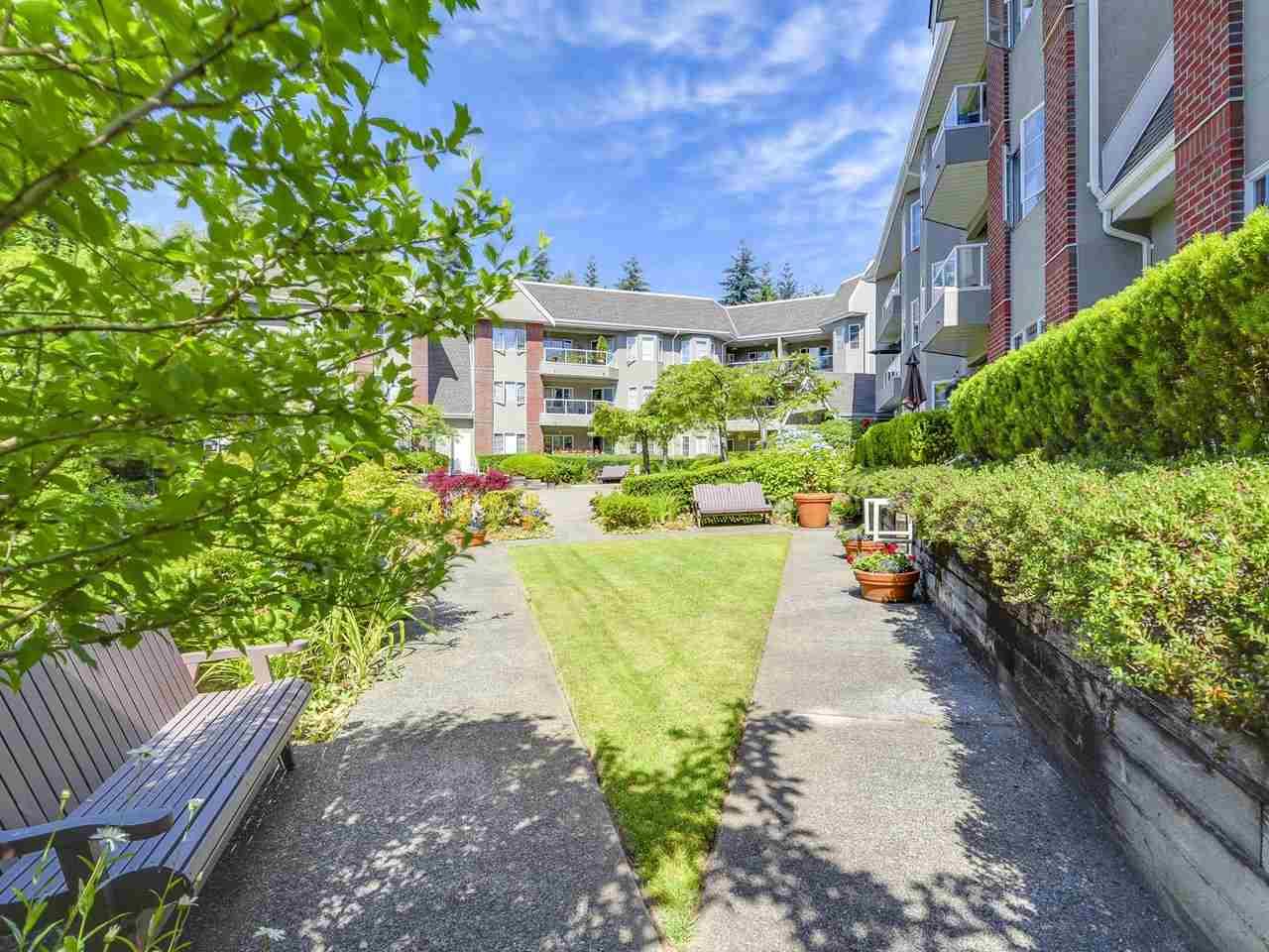 Condo Apartment at 108 2020 CEDAR VILLAGE CRESCENT, Unit 108, North Vancouver, British Columbia. Image 18