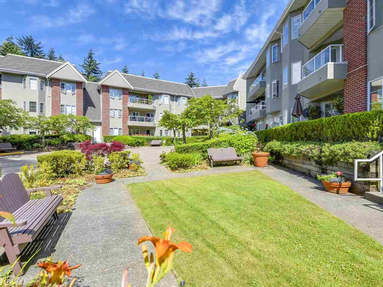 Condo Apartment at 108 2020 CEDAR VILLAGE CRESCENT, Unit 108, North Vancouver, British Columbia. Image 19