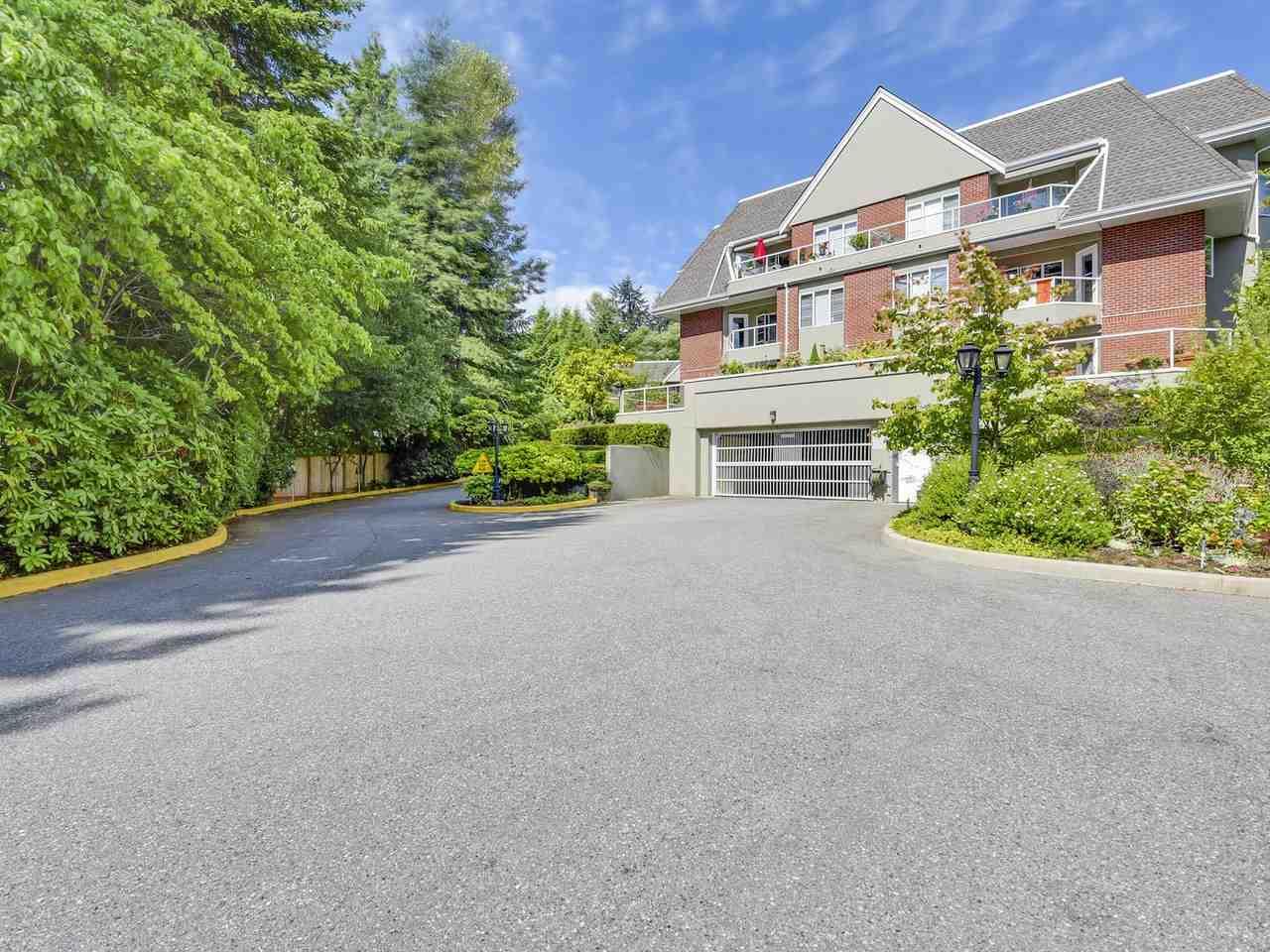Condo Apartment at 108 2020 CEDAR VILLAGE CRESCENT, Unit 108, North Vancouver, British Columbia. Image 20
