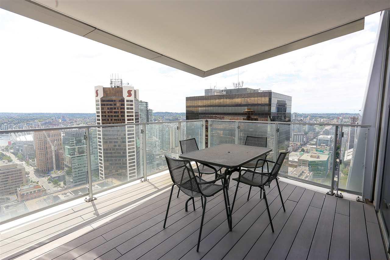 Condo Apartment at 3904 667 HOWE STREET, Unit 3904, Vancouver West, British Columbia. Image 4