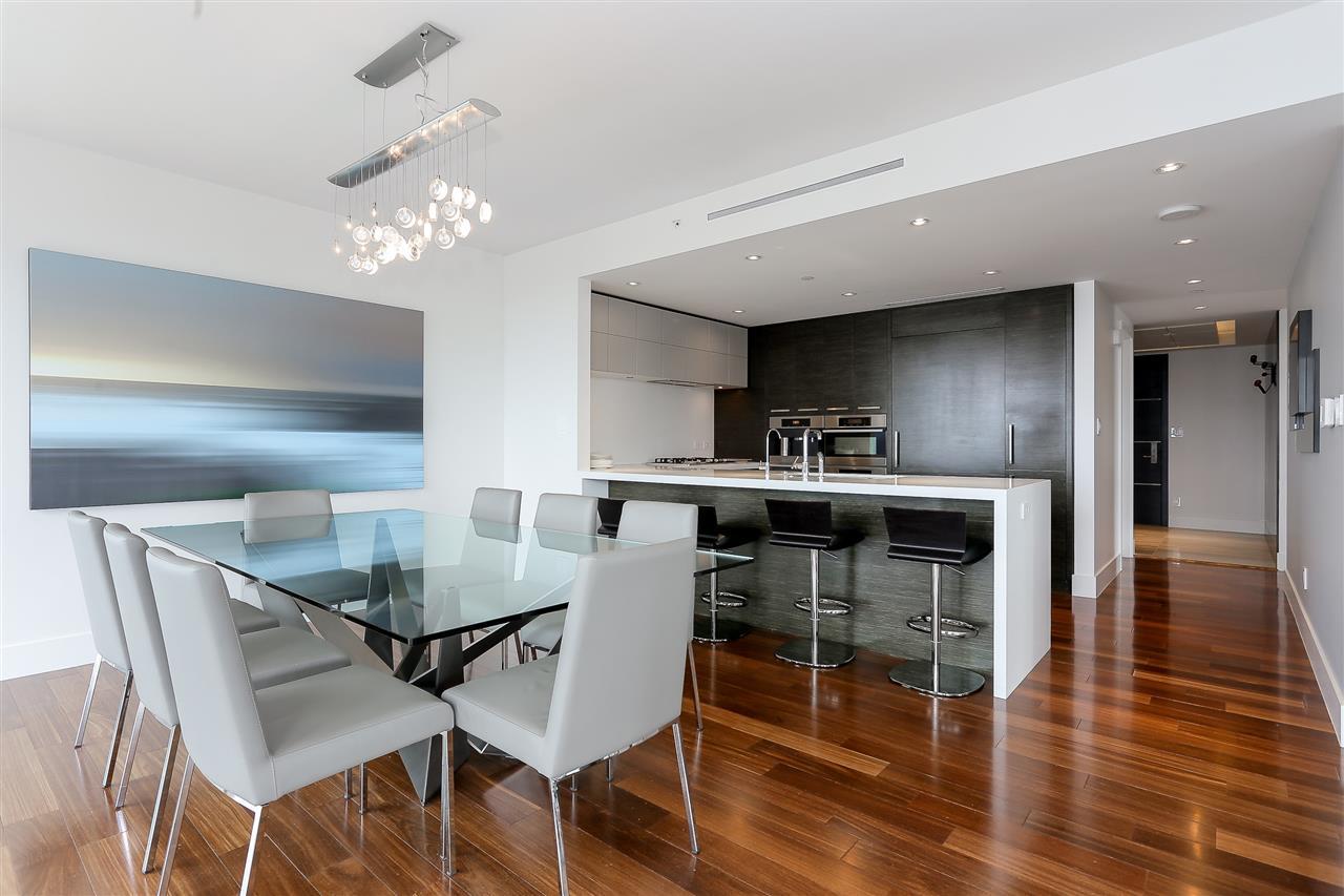 Condo Apartment at 3904 667 HOWE STREET, Unit 3904, Vancouver West, British Columbia. Image 8