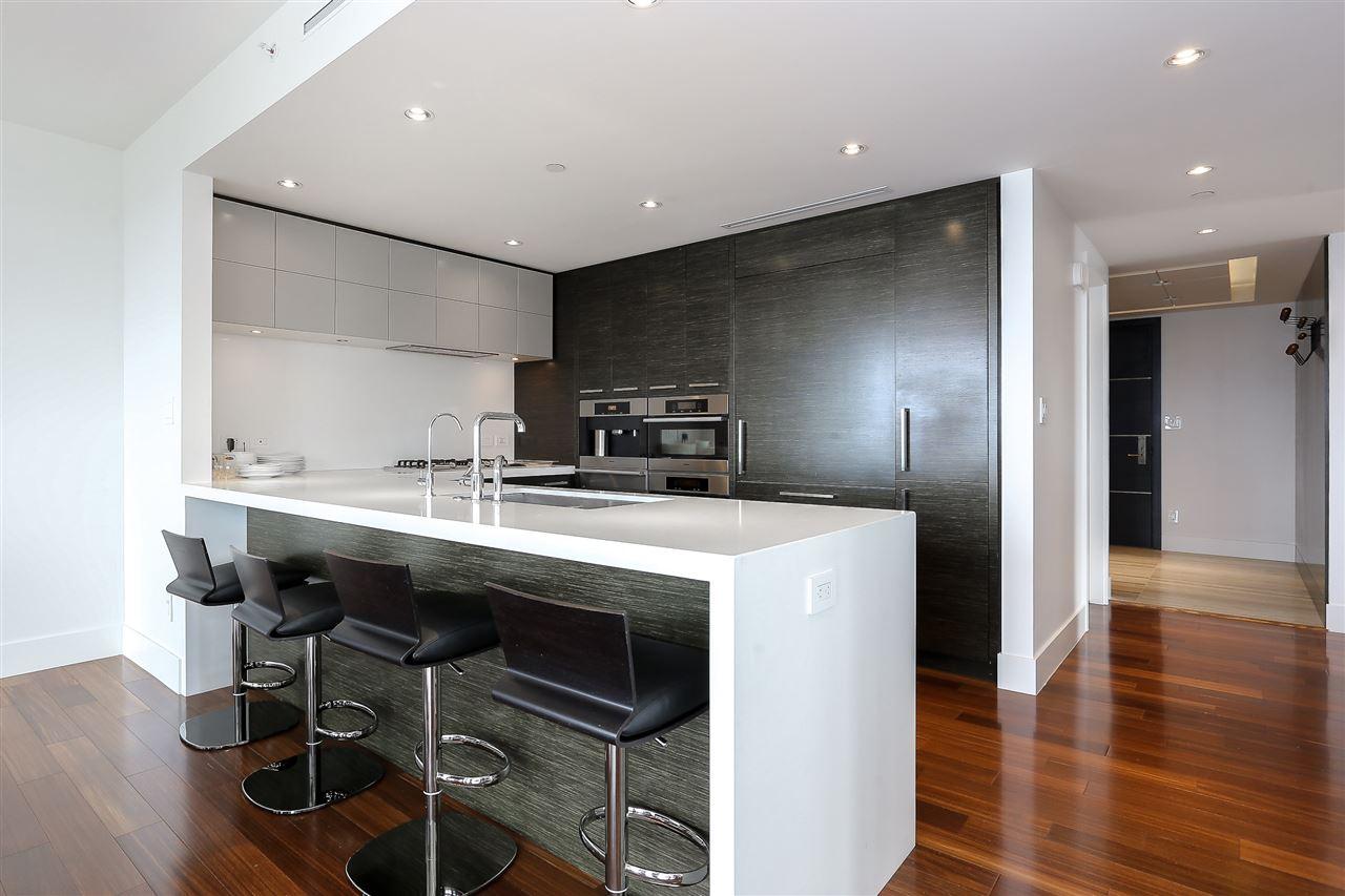 Condo Apartment at 3904 667 HOWE STREET, Unit 3904, Vancouver West, British Columbia. Image 9