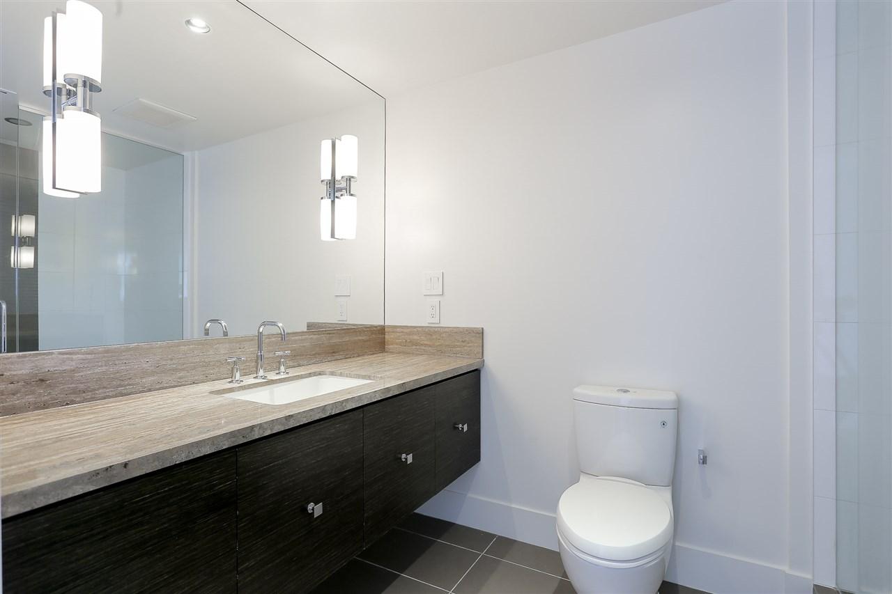 Condo Apartment at 3904 667 HOWE STREET, Unit 3904, Vancouver West, British Columbia. Image 17