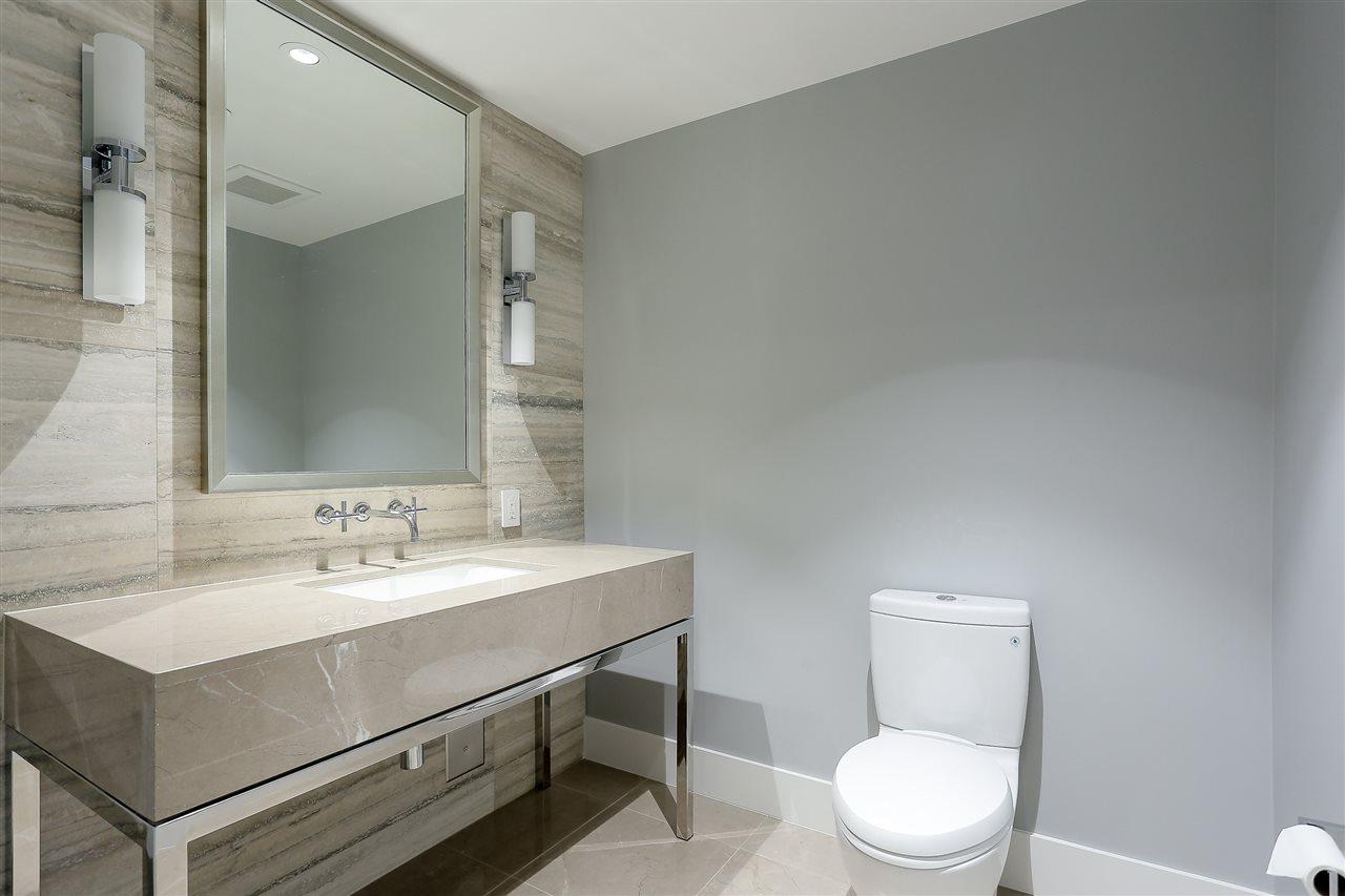 Condo Apartment at 3904 667 HOWE STREET, Unit 3904, Vancouver West, British Columbia. Image 19