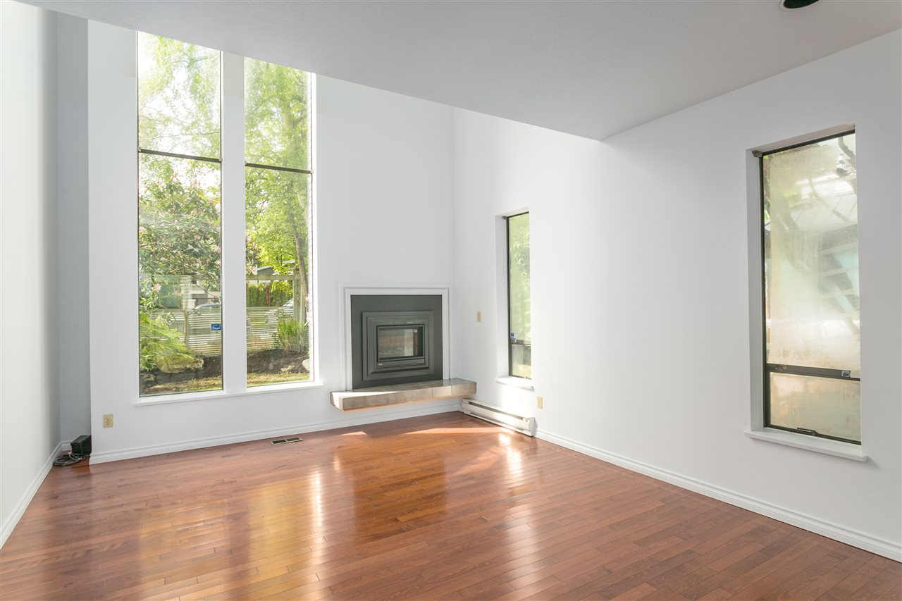 Detached at 4191 W 12TH AVENUE, Vancouver West, British Columbia. Image 2