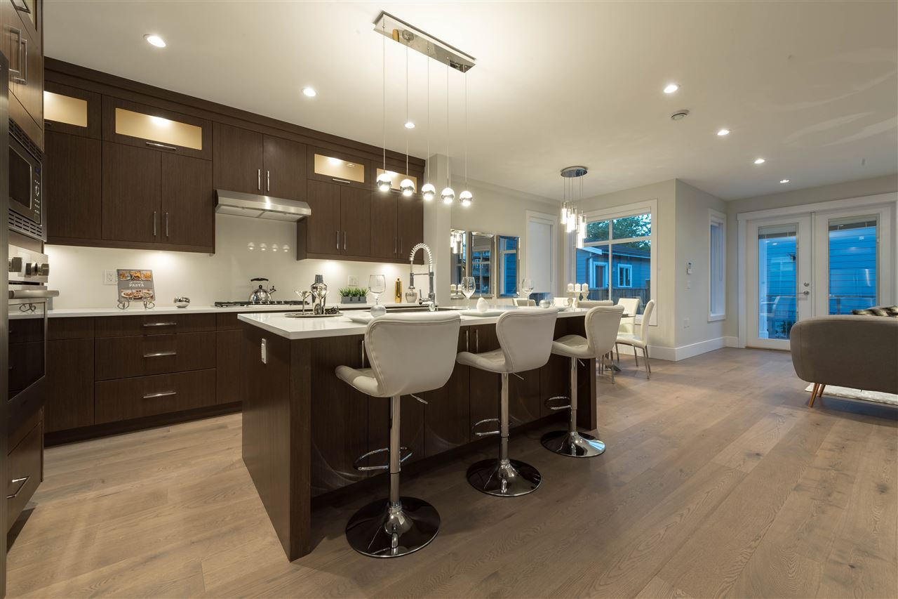 Detached at 360 W 20TH STREET, North Vancouver, British Columbia. Image 3