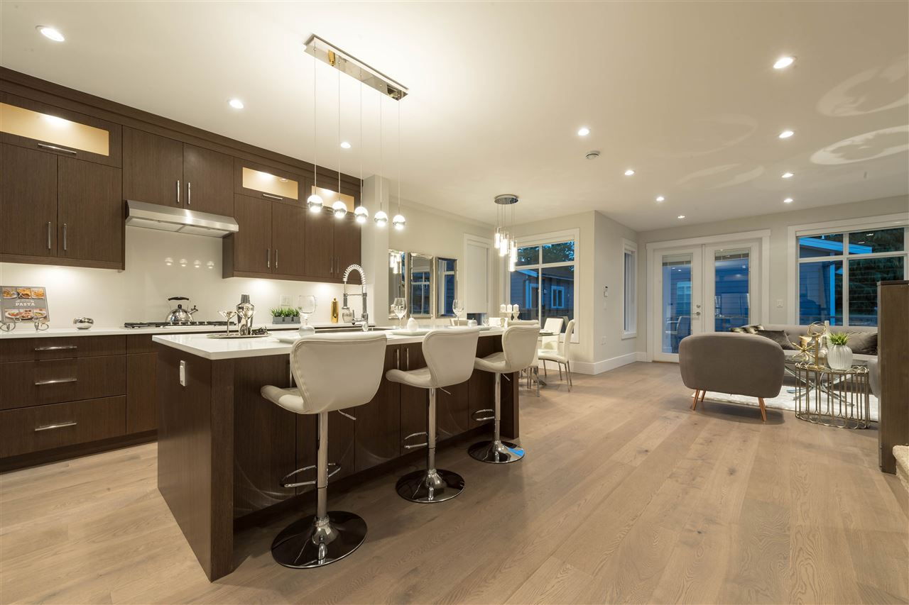 Detached at 360 W 20TH STREET, North Vancouver, British Columbia. Image 6