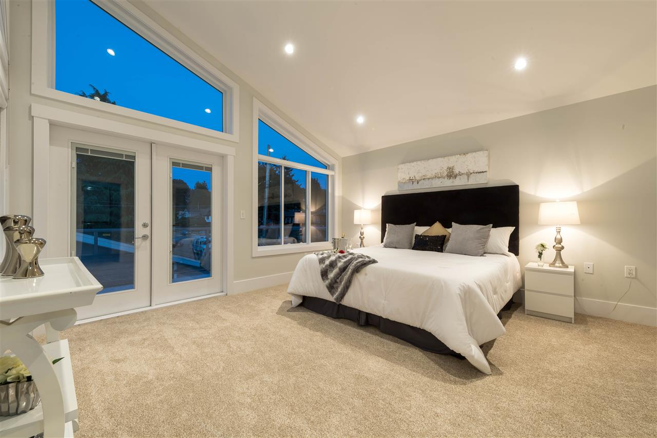 Detached at 360 W 20TH STREET, North Vancouver, British Columbia. Image 9