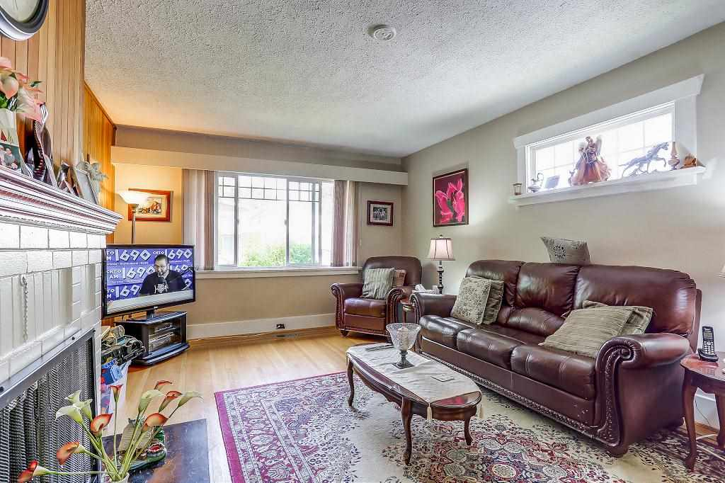Detached at 1608 W 64 AVENUE, Vancouver West, British Columbia. Image 3