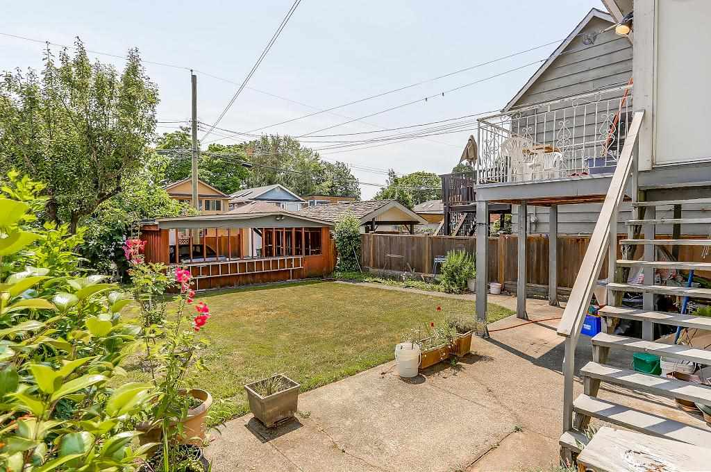 Detached at 1608 W 64 AVENUE, Vancouver West, British Columbia. Image 16