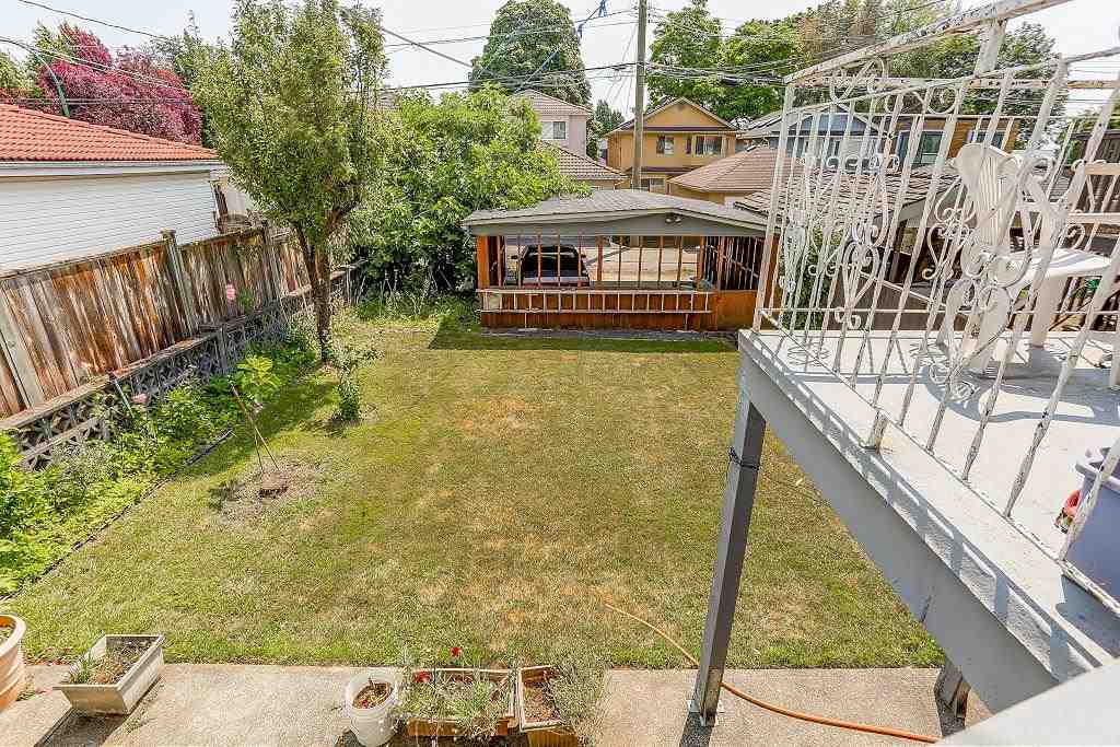 Detached at 1608 W 64 AVENUE, Vancouver West, British Columbia. Image 19