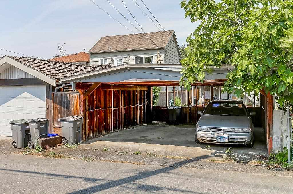 Detached at 1608 W 64 AVENUE, Vancouver West, British Columbia. Image 20