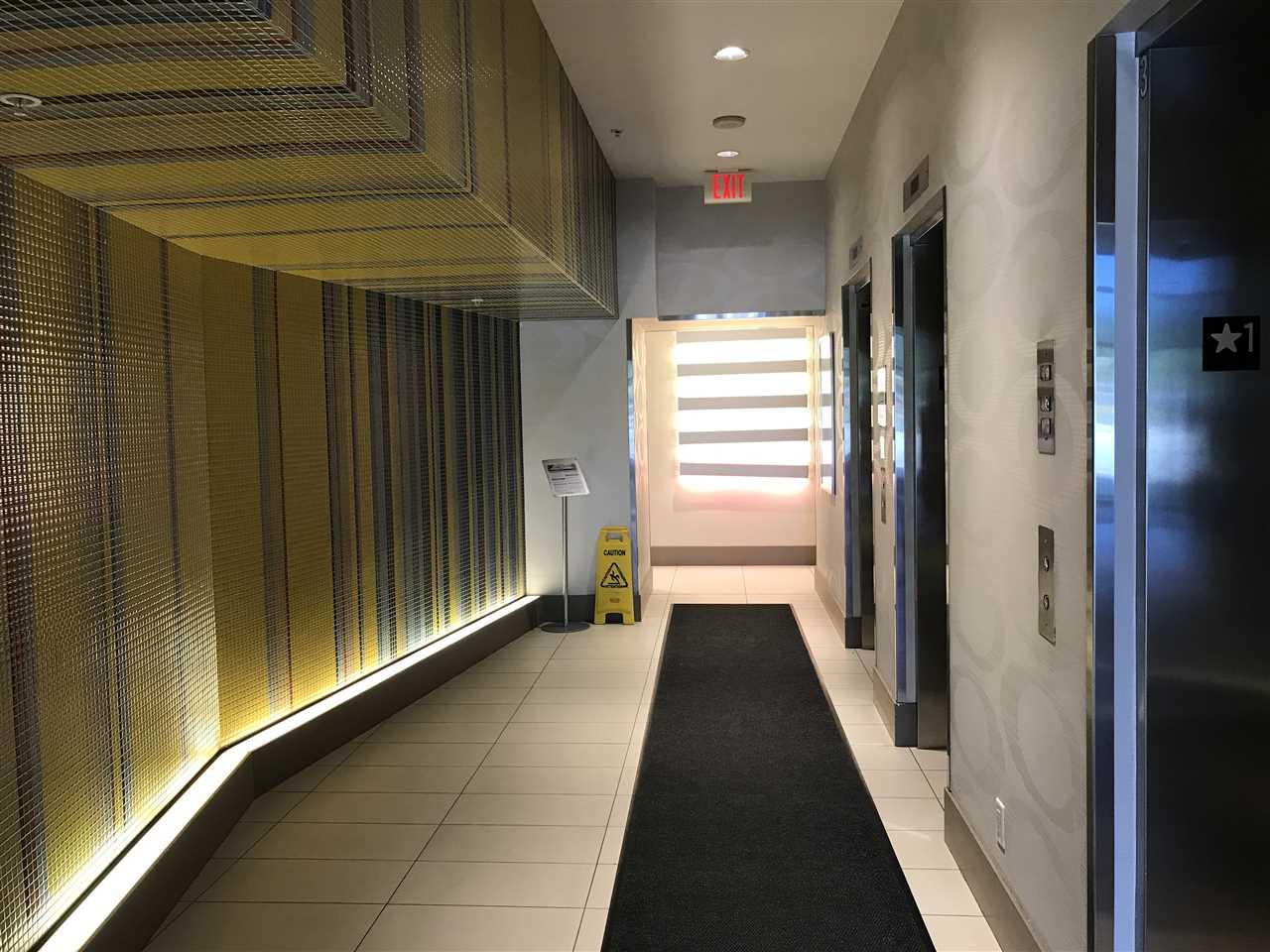 Condo Apartment at 2909 13618 100 AVENUE, Unit 2909, North Surrey, British Columbia. Image 4