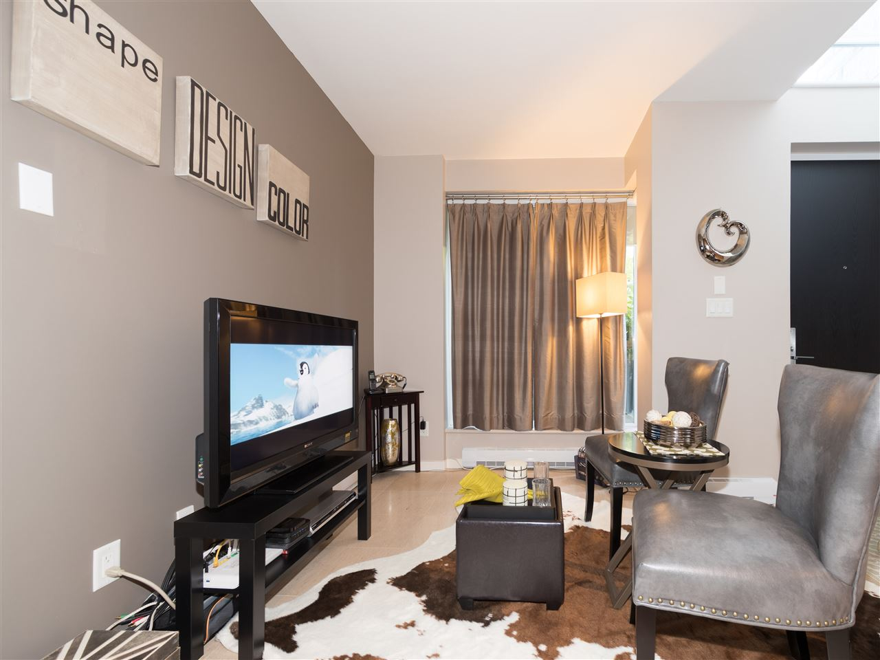 Condo Apartment at TH8 5991 WALTER GAGE ROAD, Unit TH8, Vancouver West, British Columbia. Image 5