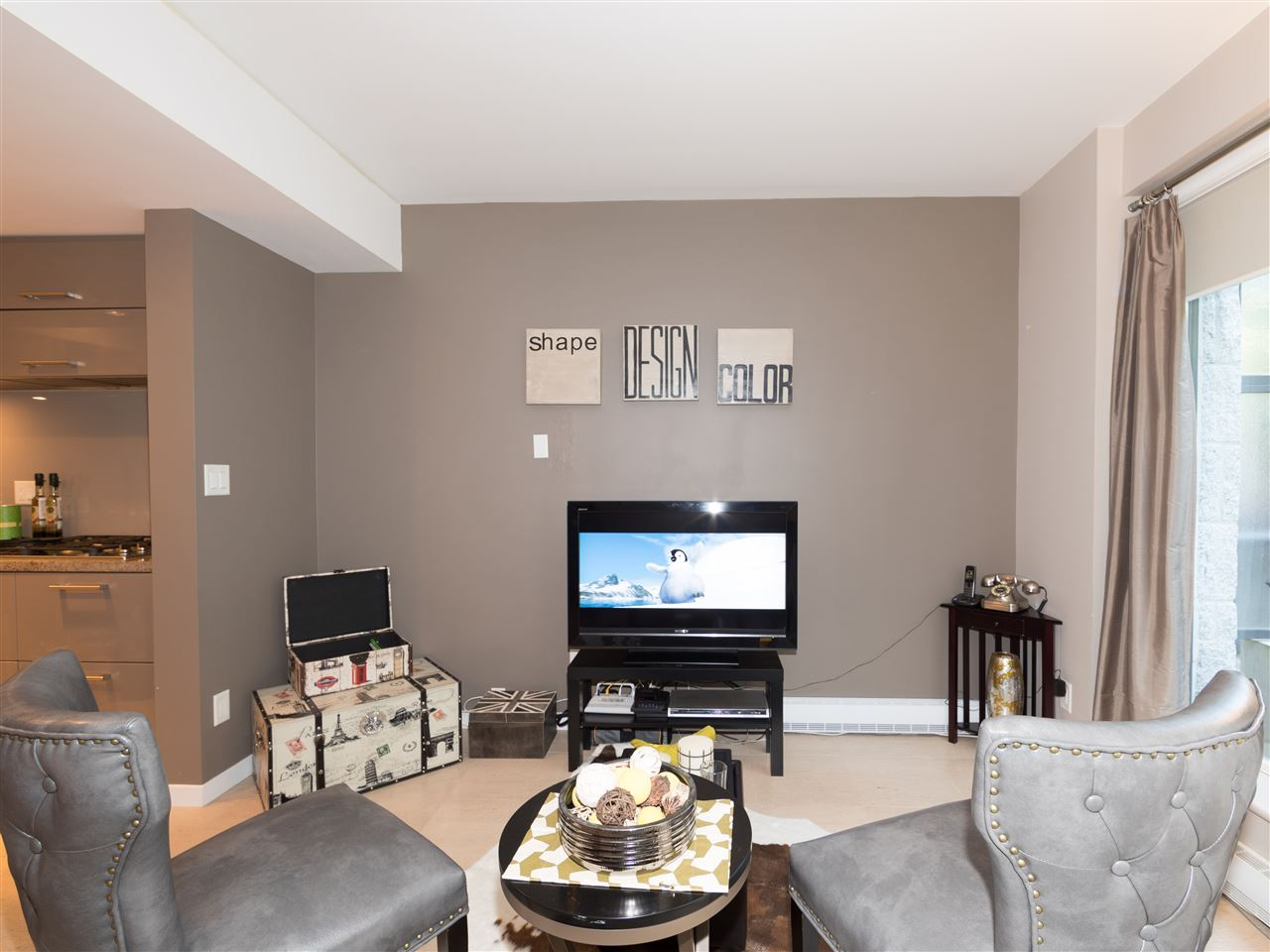Condo Apartment at TH8 5991 WALTER GAGE ROAD, Unit TH8, Vancouver West, British Columbia. Image 6