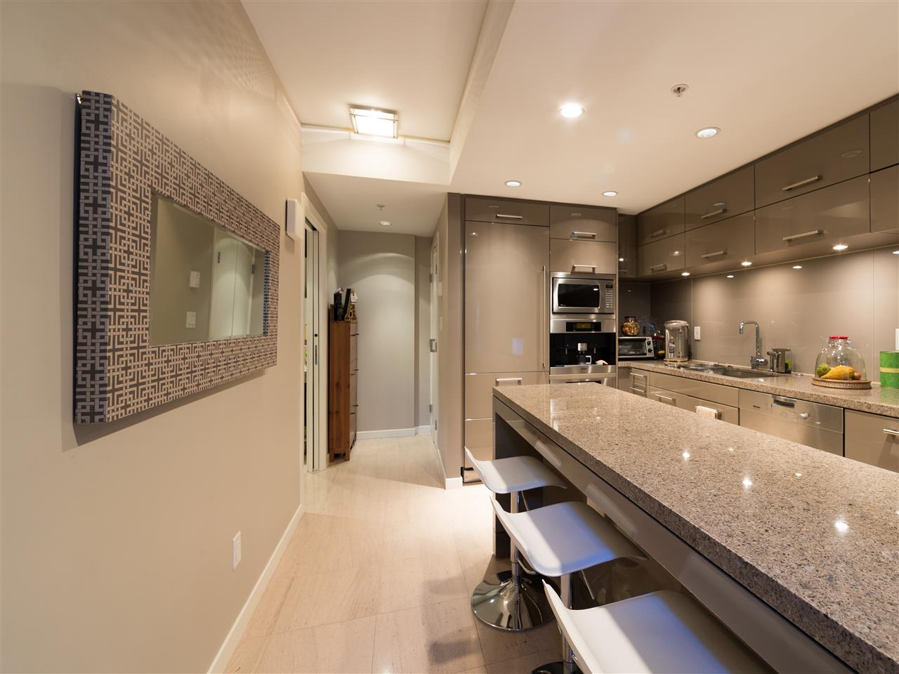 Condo Apartment at TH8 5991 WALTER GAGE ROAD, Unit TH8, Vancouver West, British Columbia. Image 7