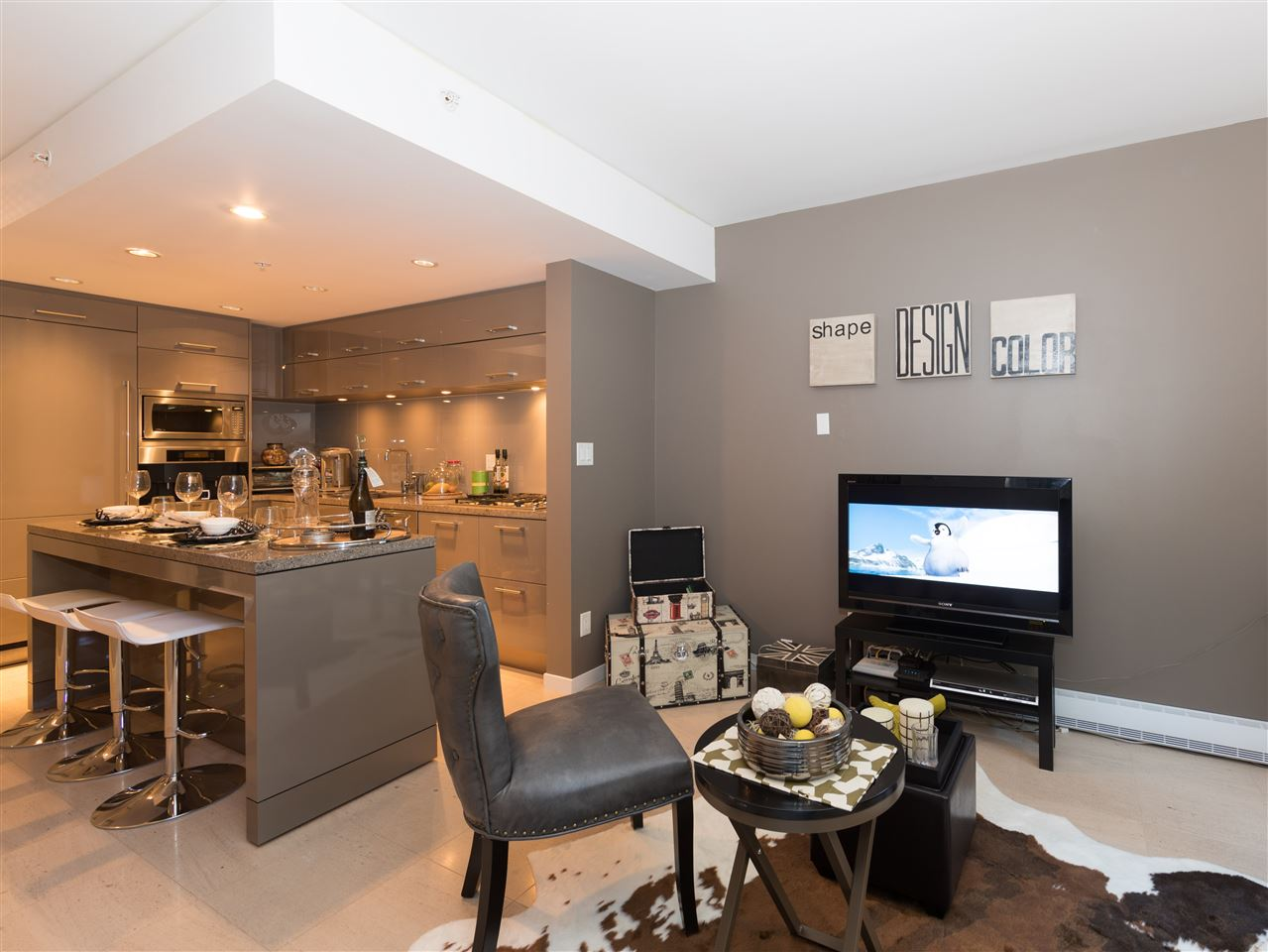 Condo Apartment at TH8 5991 WALTER GAGE ROAD, Unit TH8, Vancouver West, British Columbia. Image 8