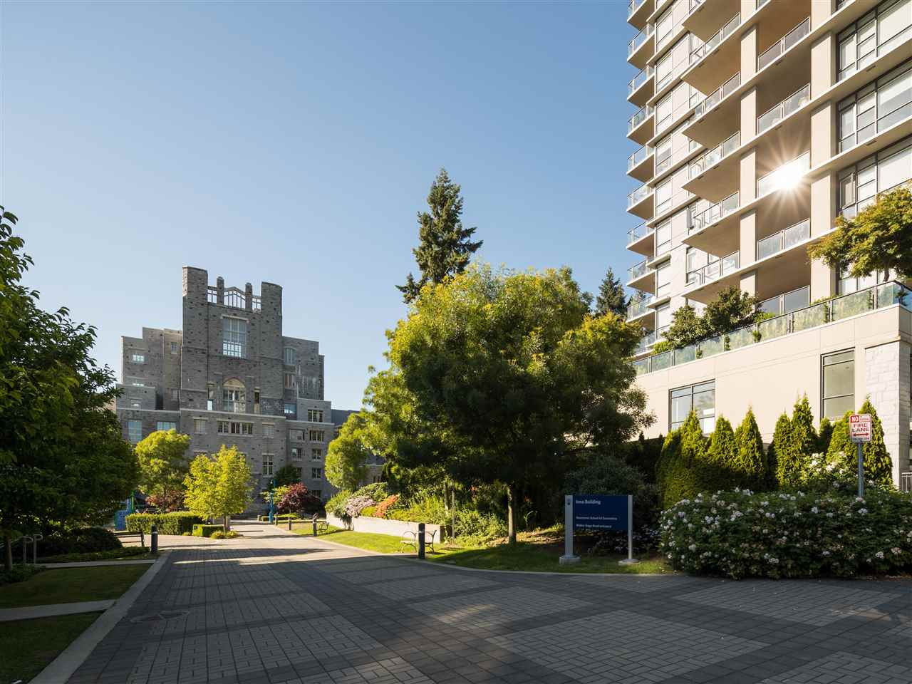 Condo Apartment at TH8 5991 WALTER GAGE ROAD, Unit TH8, Vancouver West, British Columbia. Image 20
